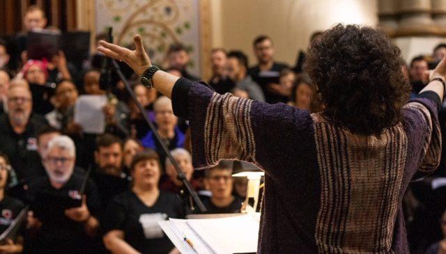 Miriam Davidson Conducting